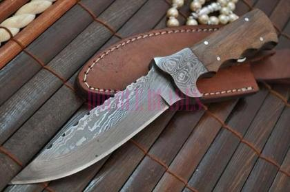 Damascus Handmade Hunting Knife Full Tang Blade