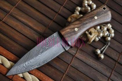 Damascus Steel Full Tang Burl Wood