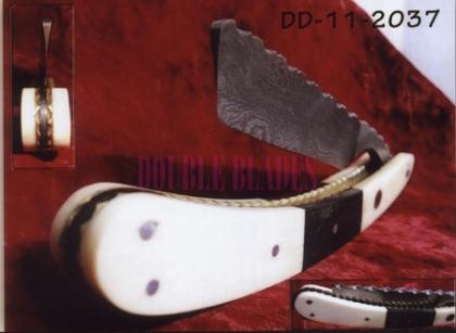Damascus Steel Straight Shaving Razor Horn-Wood Handle