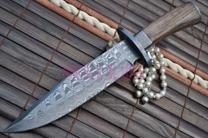 Custom Made Damascus Hunting Knife Wood Handle - Work of Art